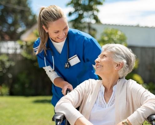 Was macht eine Pflegefachfrau / ein Pflegefachmann genau?