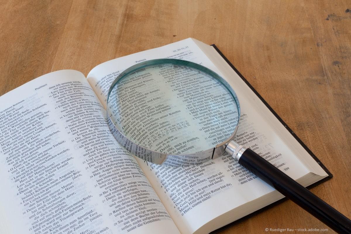 Theologie Ausbildung: Übersetzen von christlicher Geschichte und Werte